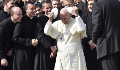 El papa viaja a Georgia y Azerbaiyán para relanzar el diálogo interreligoso.