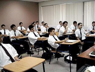 Declaratoria beneficia a estudiantes del país