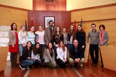 Alumnos alemanes visitan el Ayuntamiento de Las Rozas