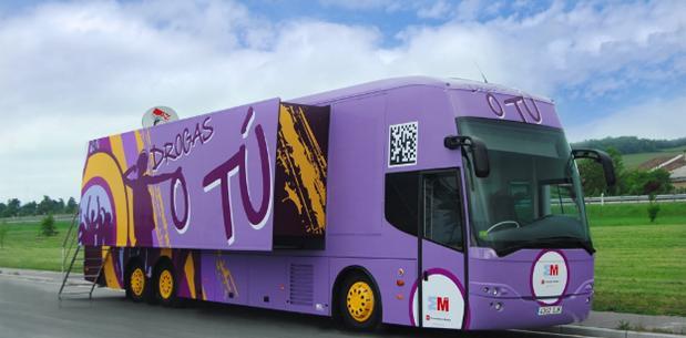 El autobús `Drogas o tú´ llega a Majadahonda