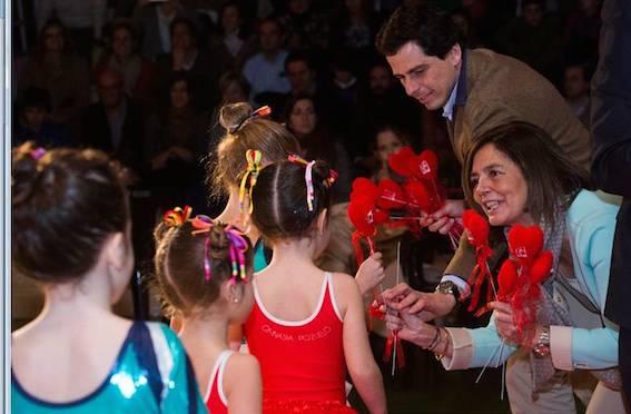 La Escuela Municipal de Gimnasia Artística de Pozuelo celebra la Gala de Navidad