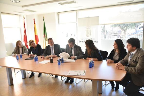 Los alumnos de la UCJC podrán realizar prácticas en el Ayuntamiento de Boadilla