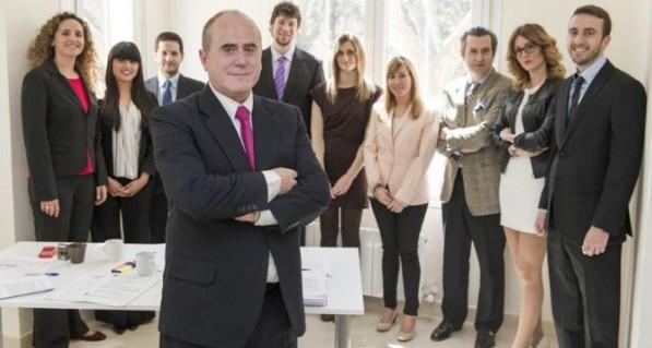 Arriaga Asociados, estafadores vestidos de abogados