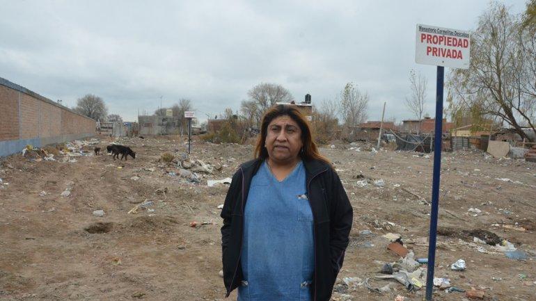 Vecino del barrio Confluencia discriminan a mujeres trans que querían hacerse su casa (LMNeuquén)