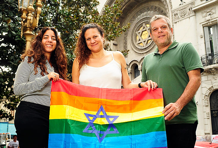 Judíos gays y trans desafían la tradición y derriban barreras (Perfil)