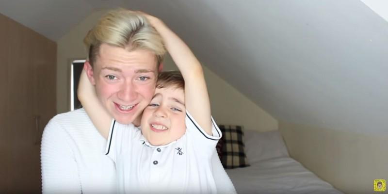 Le contó a su hermano de 5 años que era gay y su respuesta fue perfecta (La Nación)