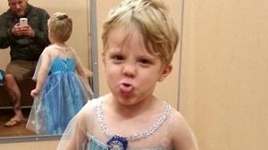 Disneyland París se disculpa por no permitir a un niño disfrazarse de princesa Elsa en una actividad programada