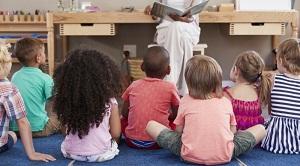 ¿Cómo enseñar a los niños que la discriminación por motivos de orientación sexual debe terminar?