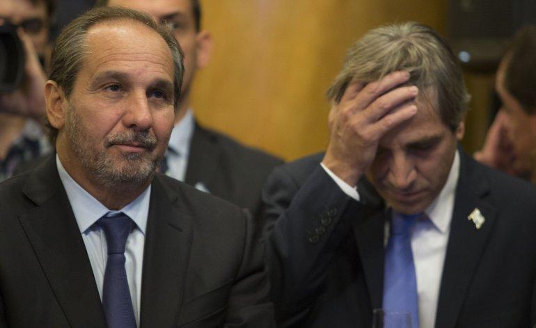 Denunciaron a Luis Caputo por manejos con los fondos de los jubilados