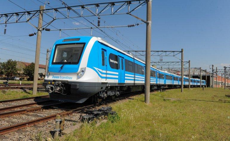 Menemismo reciclado: el Gobierno dejó a más de 100 pueblos sin trenes