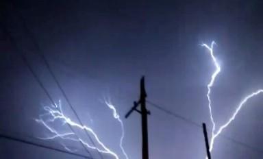 Impresionante tormenta eléctrica en General Cabrera