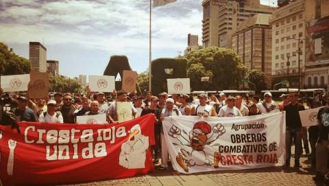 Doble represión a trabajadores de Cresta Roja. Por Nico Kobane