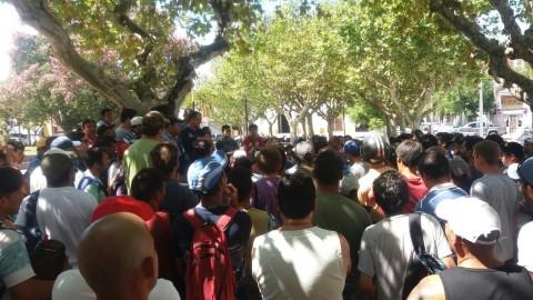 Enormes asambleas en toda Cresta Roja en defensa de los puestos de trabajo. Por Nico Kobane