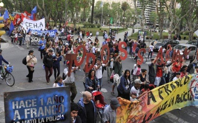 Apresan a 27 policías para indagarlos por el homicidio de Franco Casco