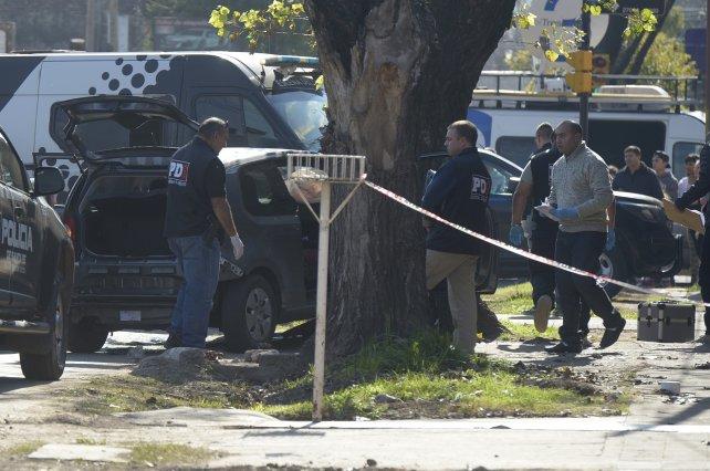 Detienen a 16 policías por la muerte de dos jóvenes en zona sur
