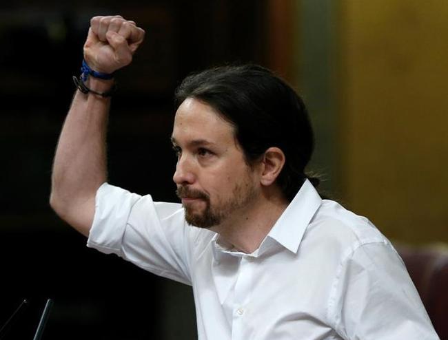 Monumental bronca a Pablo Iglesias en el Cogreso