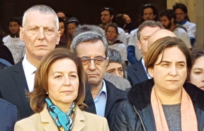 Colau convoca a regañadientes un minuto de silencio por el 11-M y el ¨president¨ni acude