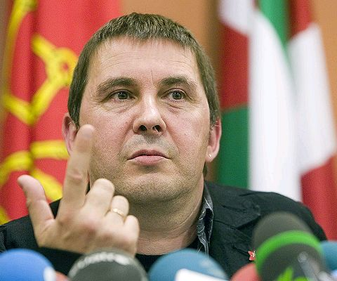Covite exige a los partidos impugnar a Otegi como candidato