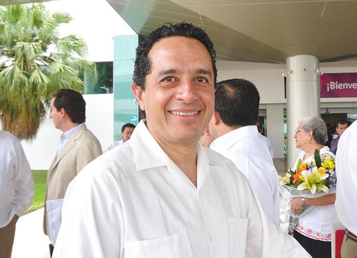 C.P. Carlos Manuel Joaquin Gonzalez
