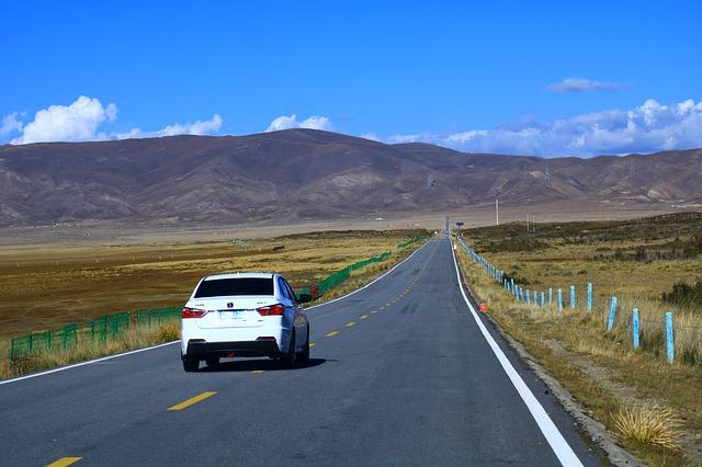 China aprobará legislación para impulsar el desarrollo de coches autónomos