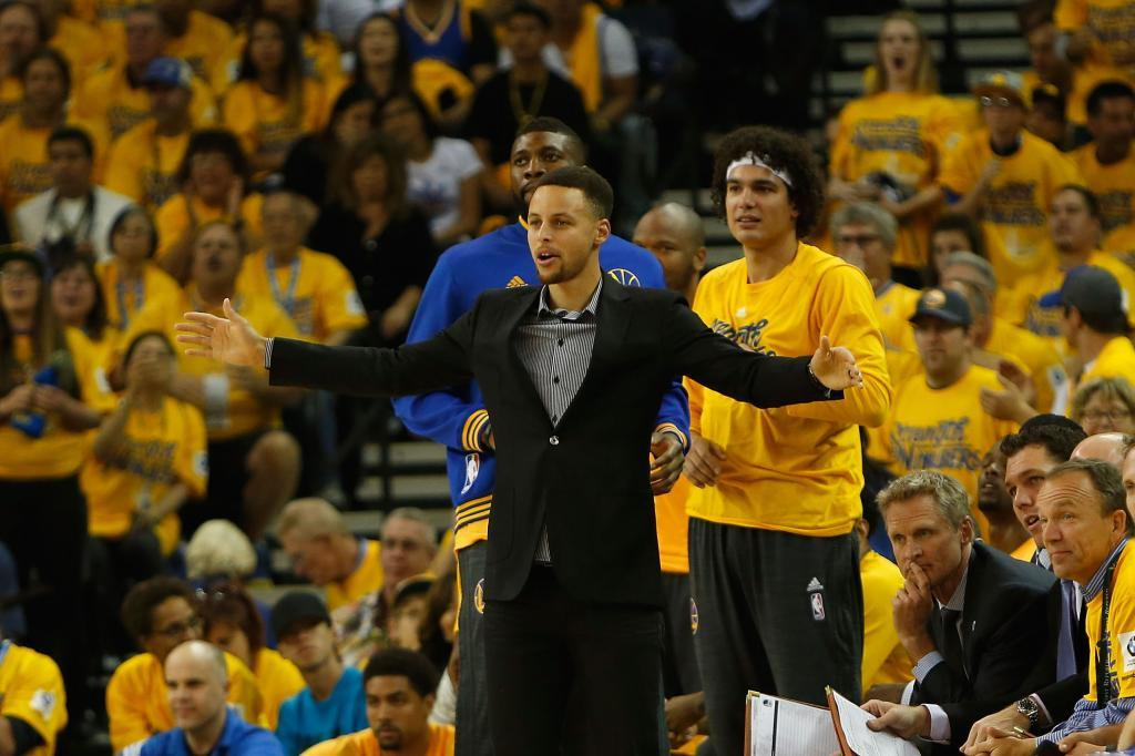 """Kerr: """"Hubiese sido una irresponsabilidad poner a jugar a Curry"""""""