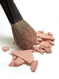 No estés afectado si tu colorete está dañado!