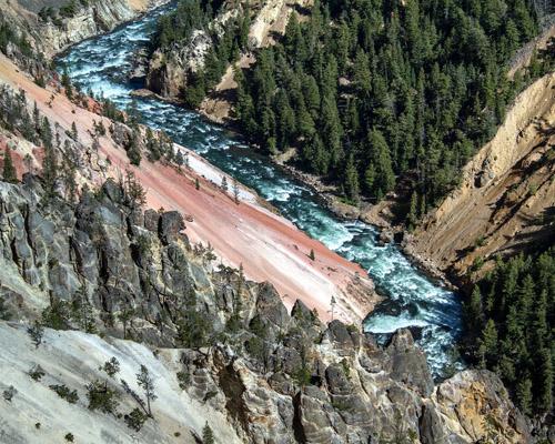 Rumanía contará con su Yelowstone, el parque nacional forestal más grande de Europa