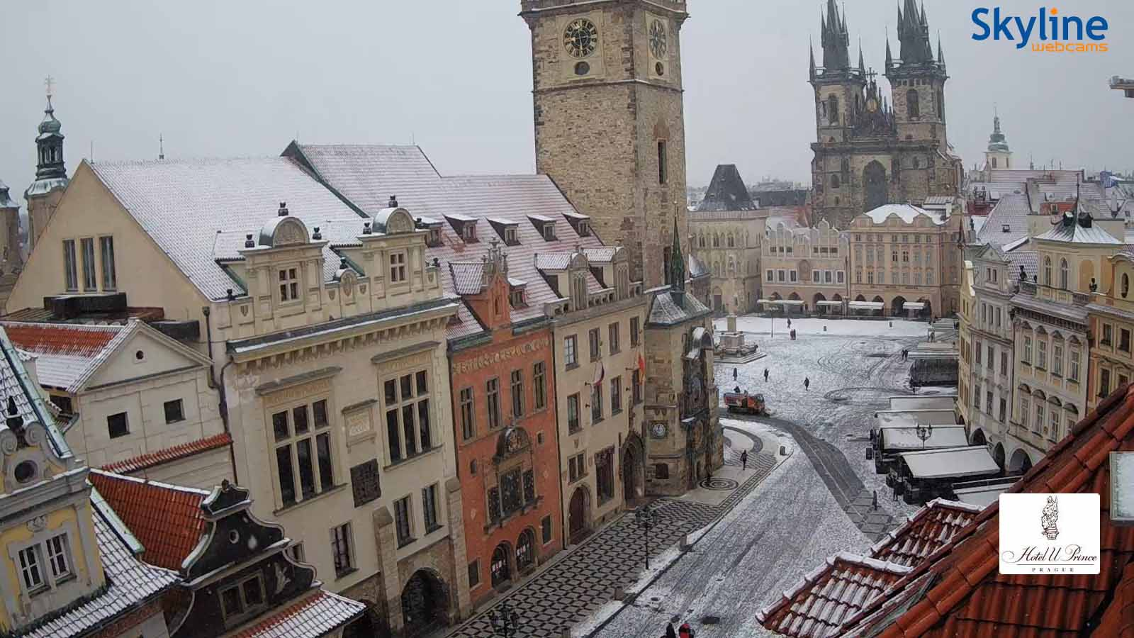 La Plaza Vieja de Praga nevada