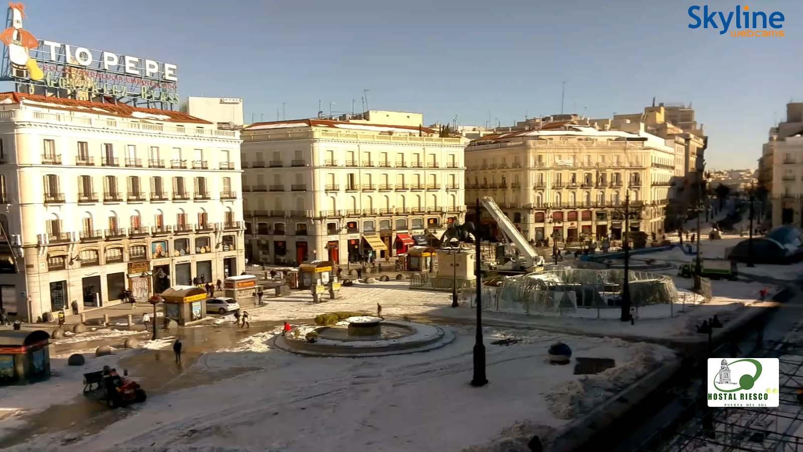 La Puerta del Sol nevada debido a la borrasca Filomena