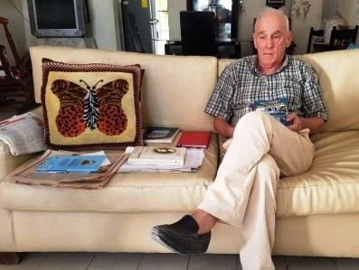 Guillermo Henríquez: los libros, las letras y el sofá