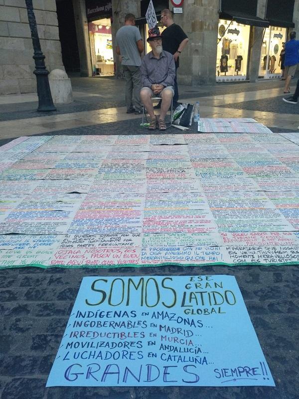 Paseillo con mensaje 2 septiembre Barcelona y Cartagena