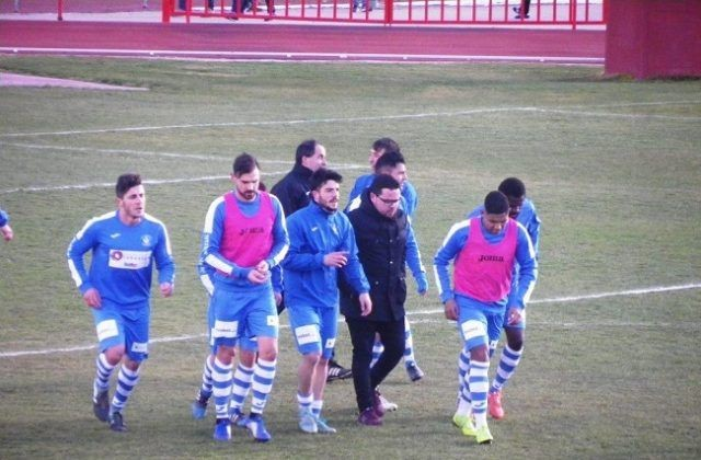 El CD Tarancón se despega de los puestos del descenso tras ganar a La Solana CF.