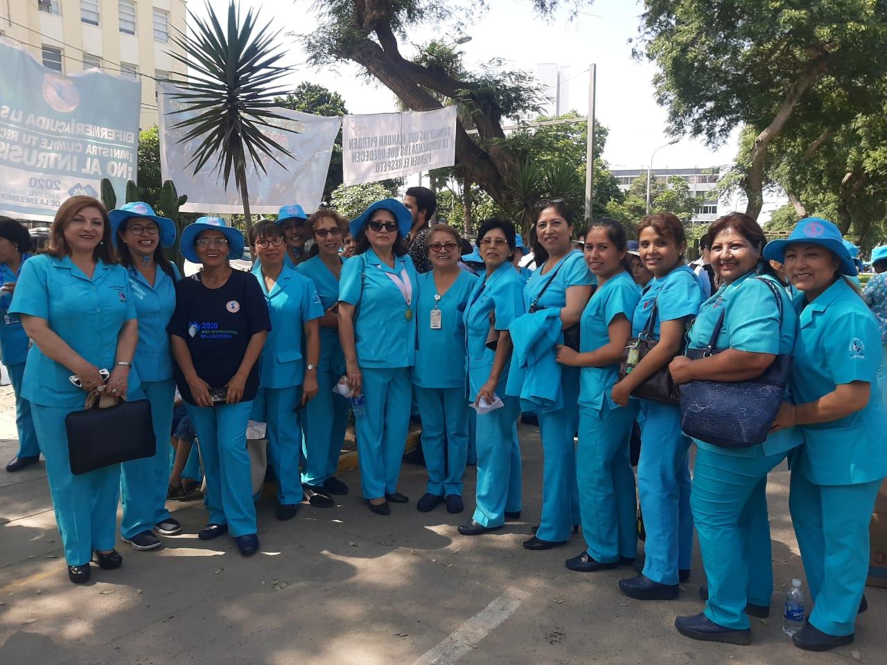 Colegio de Enfermeros del Perú lidera lucha contra el intrusismo profesional