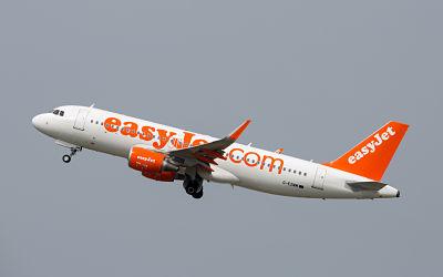 ¿Realmente planea Easyjet contratar a nuevas tripulaciones?