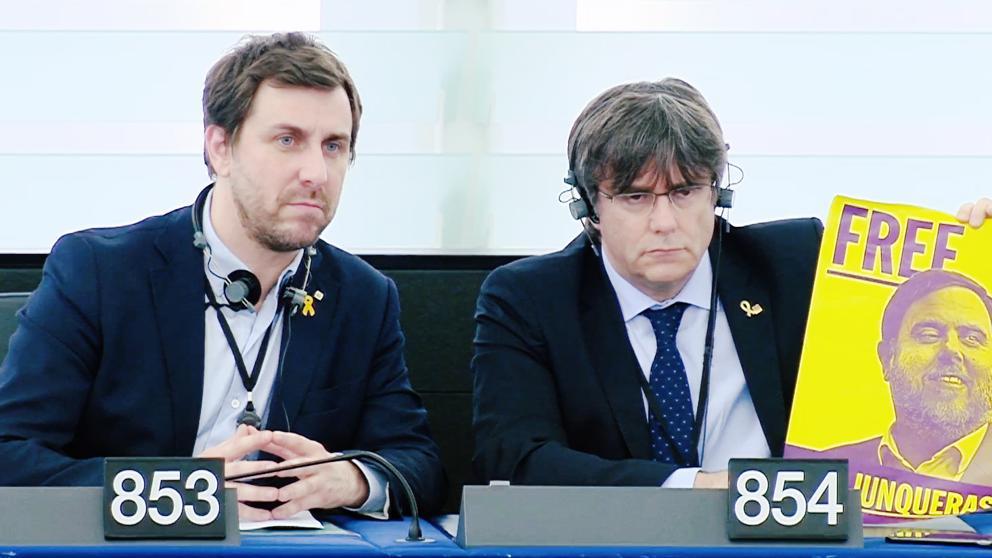 El Europarlamento abre el proceso para quitar la inmunidad a Puigdemont
