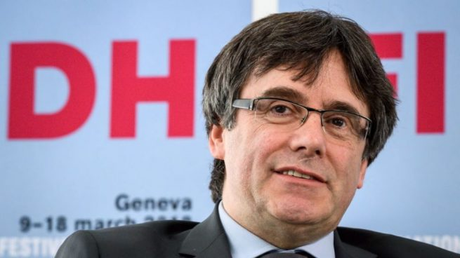 Puigdemont encabezará la lista de JxCAT con un candidato a presidente efectivo de número 2