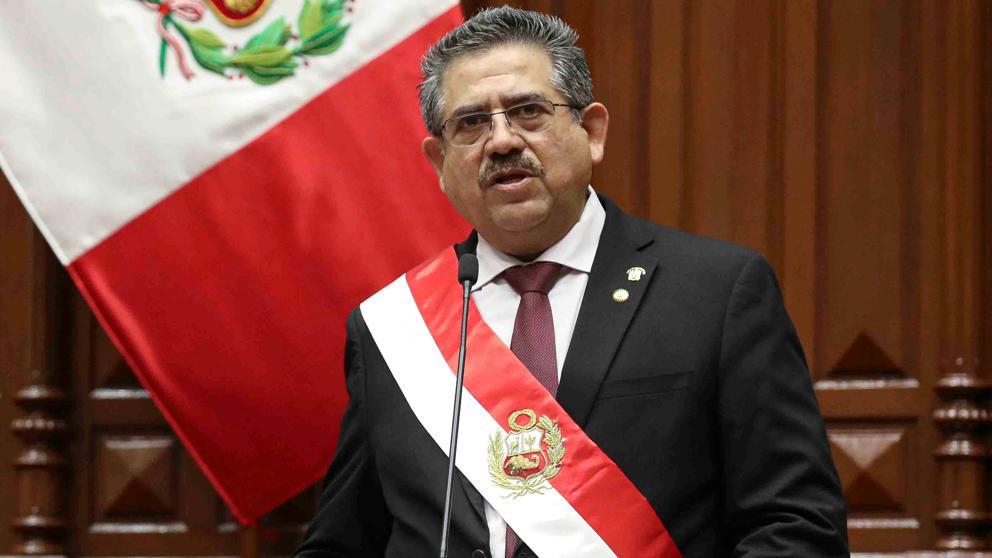 Dimite el presidente de Perú después de solo seis días en el cargo