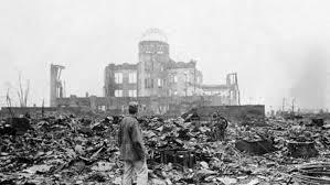 bomba nuclear arrasa con la tierra