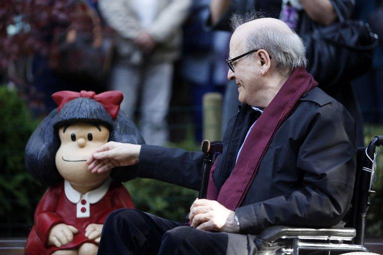 """""""Adiós al maestro"""": Argentina y latinoamerica lamenta la muerte de Quino, el creador de la inolvidable Mafalda."""