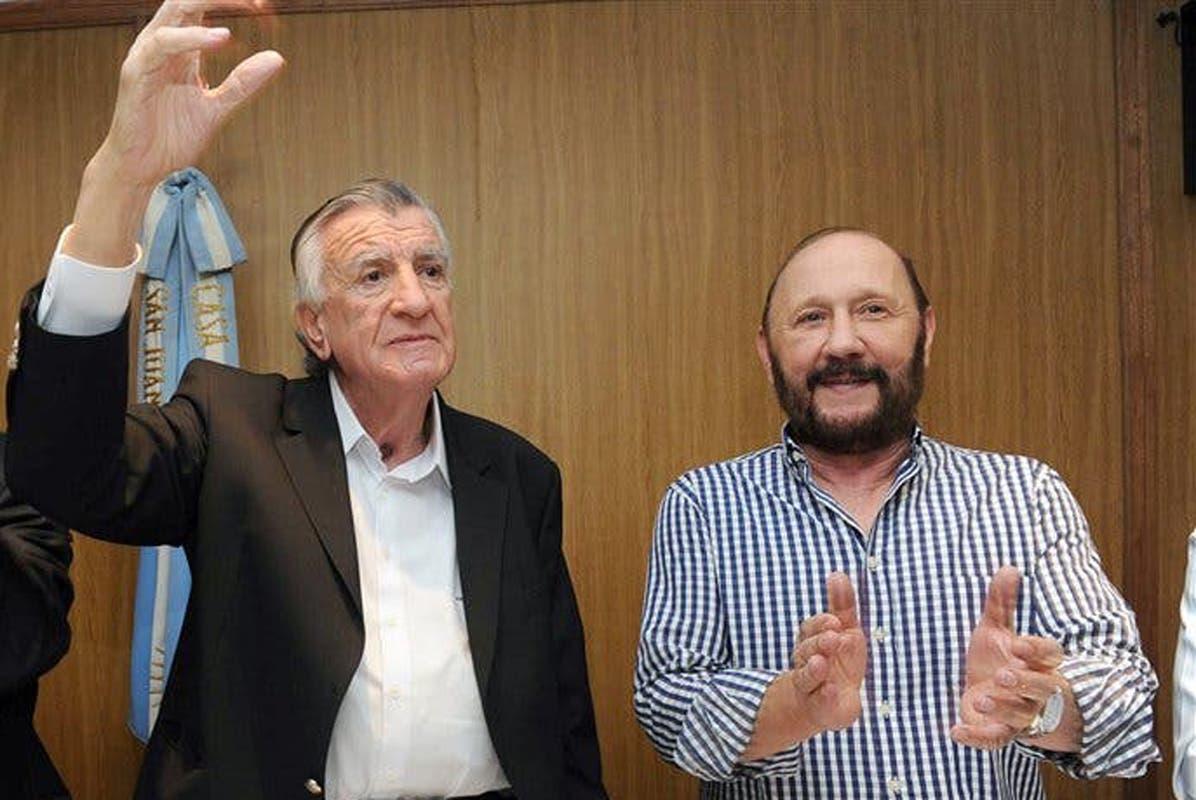 """El PJ acusó al macrismo de """"manipular"""" la protesta de la policía bonaerense."""