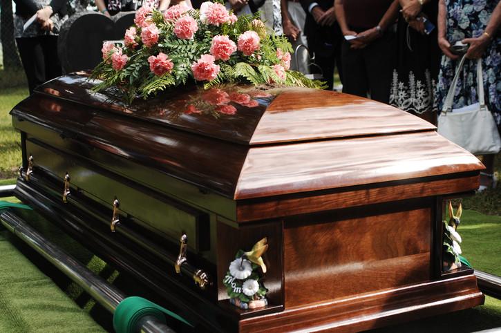 Funeral por el hijo de Oliart