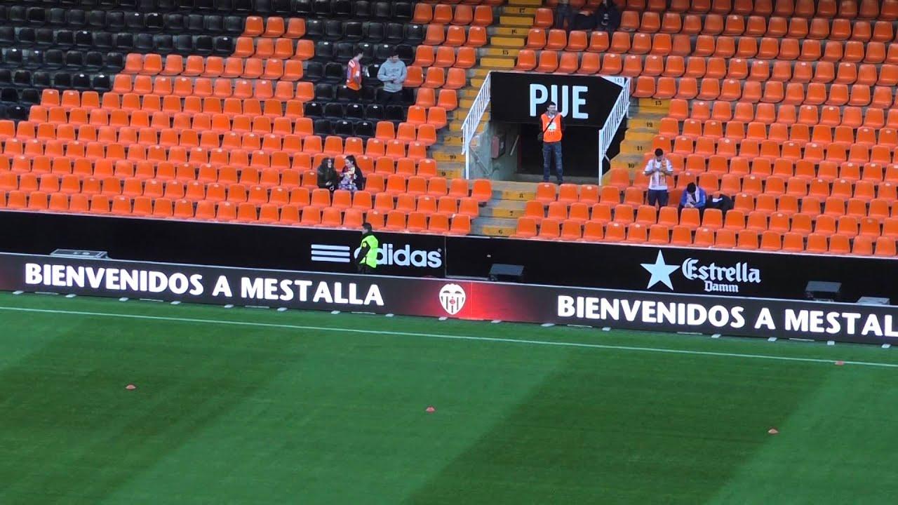 Articulo sobre los estadios de fútbol vacíos por covid 19