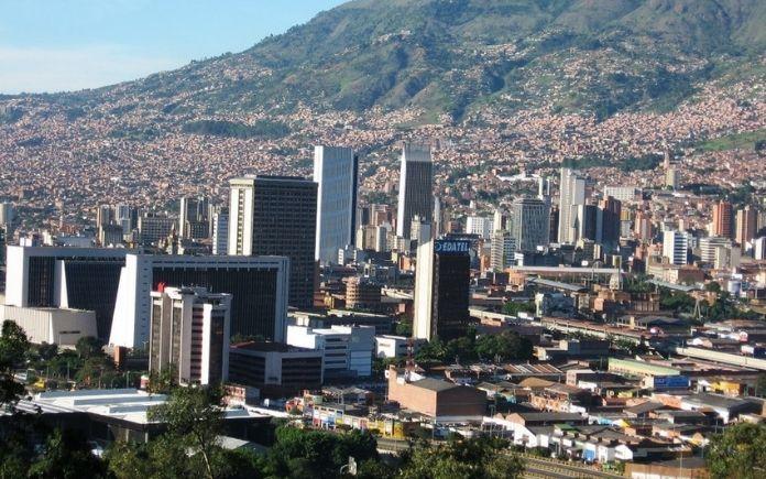 ODS No 9 .  Medellín  apuesta a ser  Smart Destinations - Smart tourism