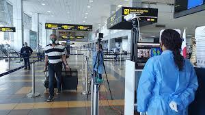 Medidas de control en el aeropuerto de Tocumen detectan casos positivos de COVID-19.