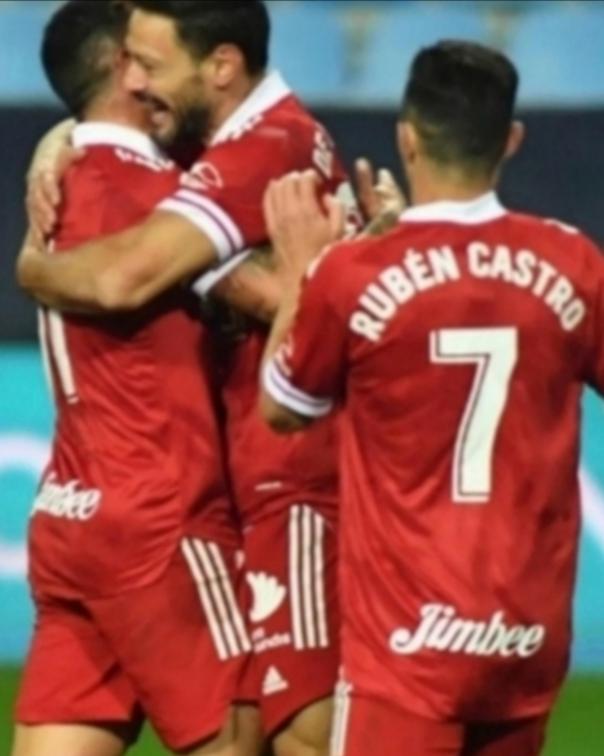 El F. C. Cartagena gana al Málaga en la rosaleda y respira