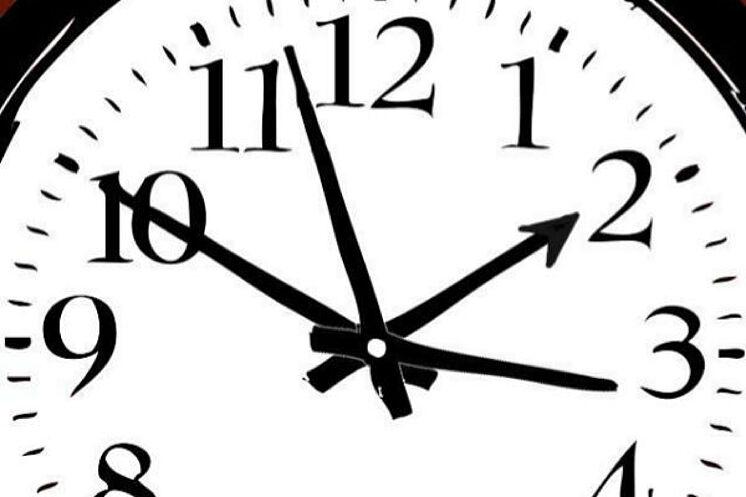 ¿A las 20:00 o a las 22:00?