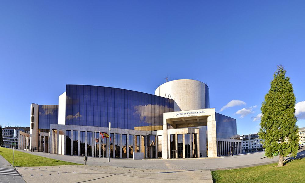 La Junta de CyLeón aprueba ayudas directas a la hostelería por 20 millones de euros.