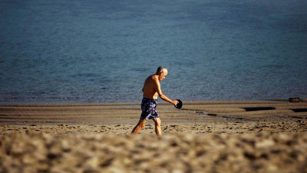 La Xunta establece cuatro metros cuadrados de playa por usuario de cara a Semana Santa