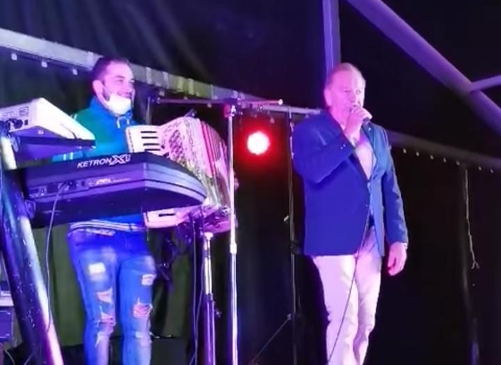 Vicente Díaz regresa triunfal a Lena