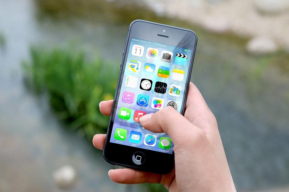 Los usuarios chinos del iPhone tienen menos formación y nivel económico que los de Huawei y Xiaomi